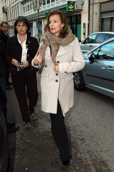 Valérie Trierweiler sort diner à Tulle