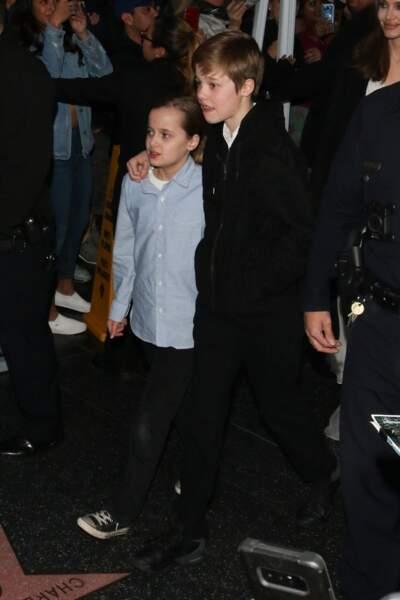Shiloh, ici avec sa petite soeur Vivienne, est le premier enfant biologique de Brad Pitt et Angelina Jolie