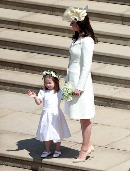 Charlotte et Kate Middleton au mariage d'Harry et Meghan Markle le 19 mai 2018 à Windsor