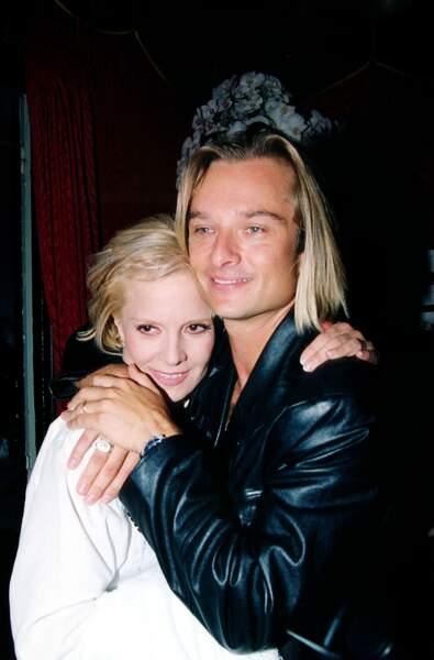 David avec Sylvie Vartan, dans les coulisses d'un concert de celle-ci à l'Olympia, en 1996.