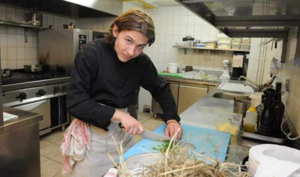 Rodolphe Pottier dans sa cuisine