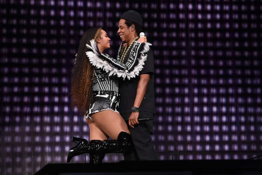 Beyonce hyper colorée dans une tenue signée Balmain avec son mari Jay-Z