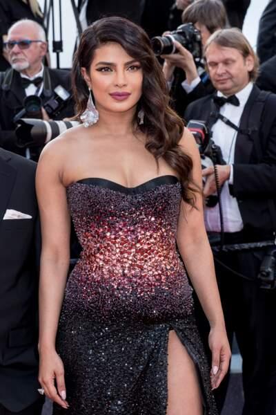 C'est pourtant seule que Priyanka Chopra a monté les marches le 16 mai pour la projection de Rocketman