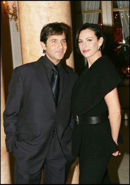Mathilda May se remarie avec le musicien Philippe Kelly en 2000.