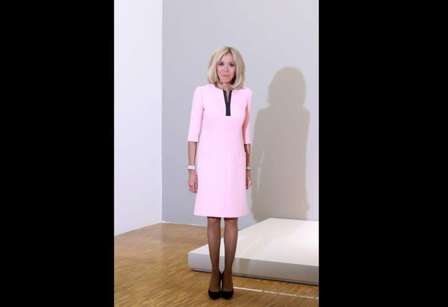 Le pastel est une valeur sûre pour Brigitte Macron, le 24 juin 2019.