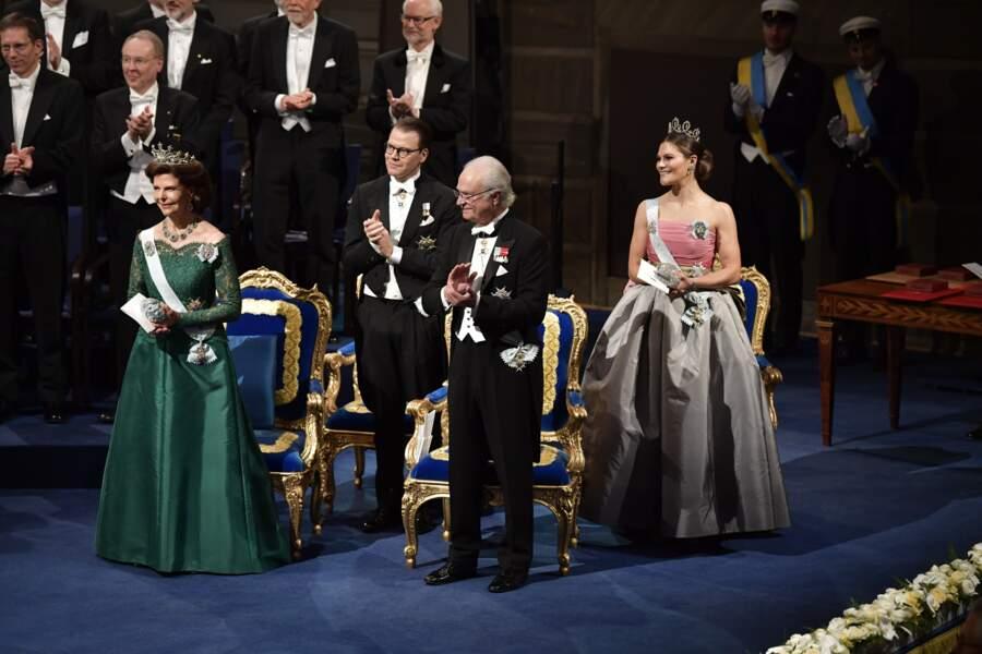 Le roi Carl XVI Gustaf avait pour mission de remettre les prestigieux prix Nobel à leurs lauréats