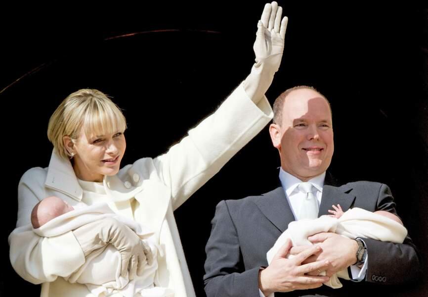 Charlène de Monaco salue à son tour