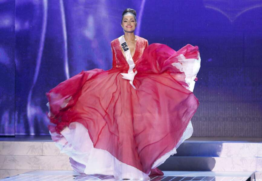 Sublime robe rouge pour Miss USA