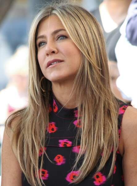 Le brushing lisse dégradé comme Jennifer Aniston
