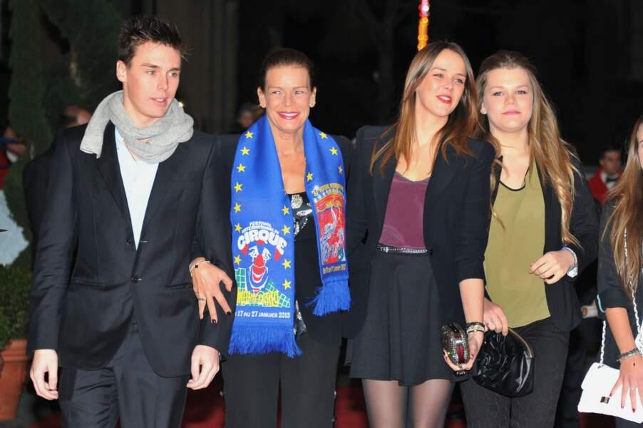 Stéphanie, Louis, Pauline et Camille arrivent à la deuxième soirée du festival du cirque de Monte Carlo 2013
