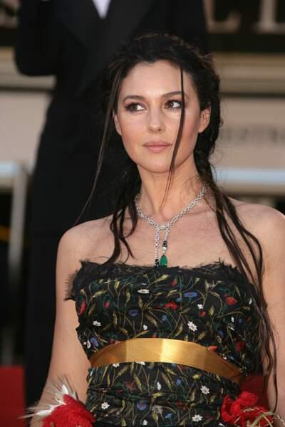 Une coiffure de reine amazone pour monter les marches de Cannes en 2006