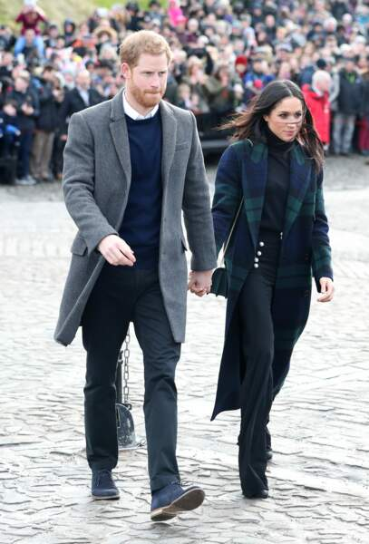 Le prince Harry et sa fiancée Meghan Markle visitent la ville de Edimbourg en Ecosse le 13 février 2018