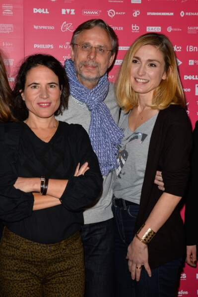 Julie Gayet en compagnie de Mazarine Pingeot et de Christophe Rossignon