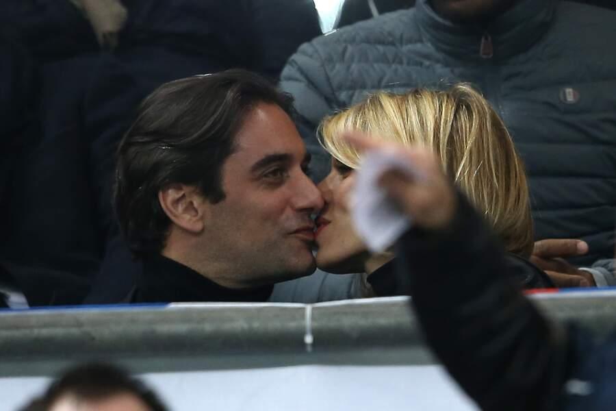 Encore un bisou pour Sylvie Tellier et son mari Laurent