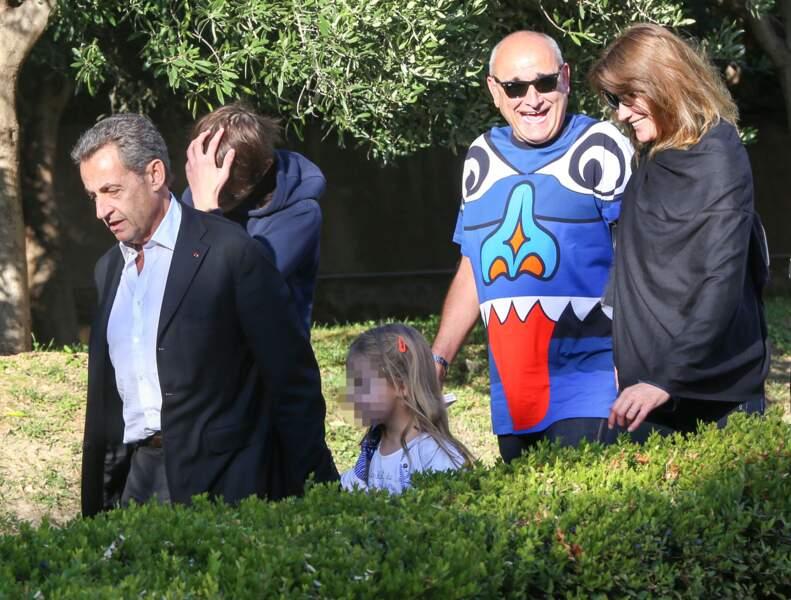 Carla Bruni-Sarkozy et sa famille ont visité le musée de l'Acropole d'Athènes le 24 octobre