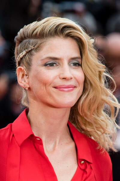 Alice Taglioni, sublime avec son hâle légèrement doré lors du 71ème Festival de Çannes.