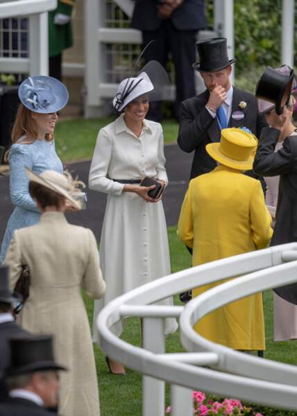 19 juin 2018 :  Meghan Markle en blanc face à la reine en jaune