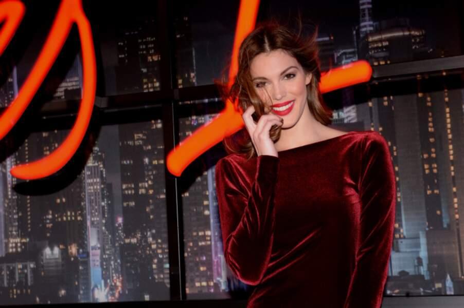 """Iris Mittenaere ors de la soirée de lancement du nouveau parfum Cacharel """"Yes I Am"""" à Paris, le 7 février 2018"""