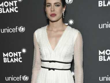 Look - Charlotte Casiraghi en total look blanc