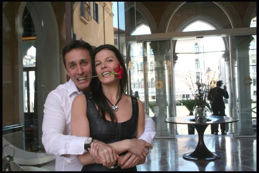 Pause câlin pour Daniel Ducruet et Kelly Marie Lancien