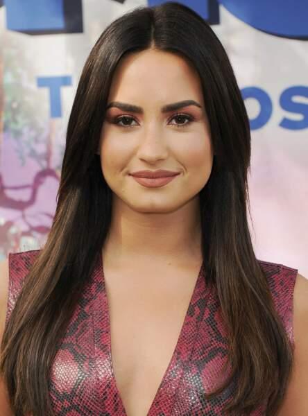 Un fard pourpre comme Demi Lovato