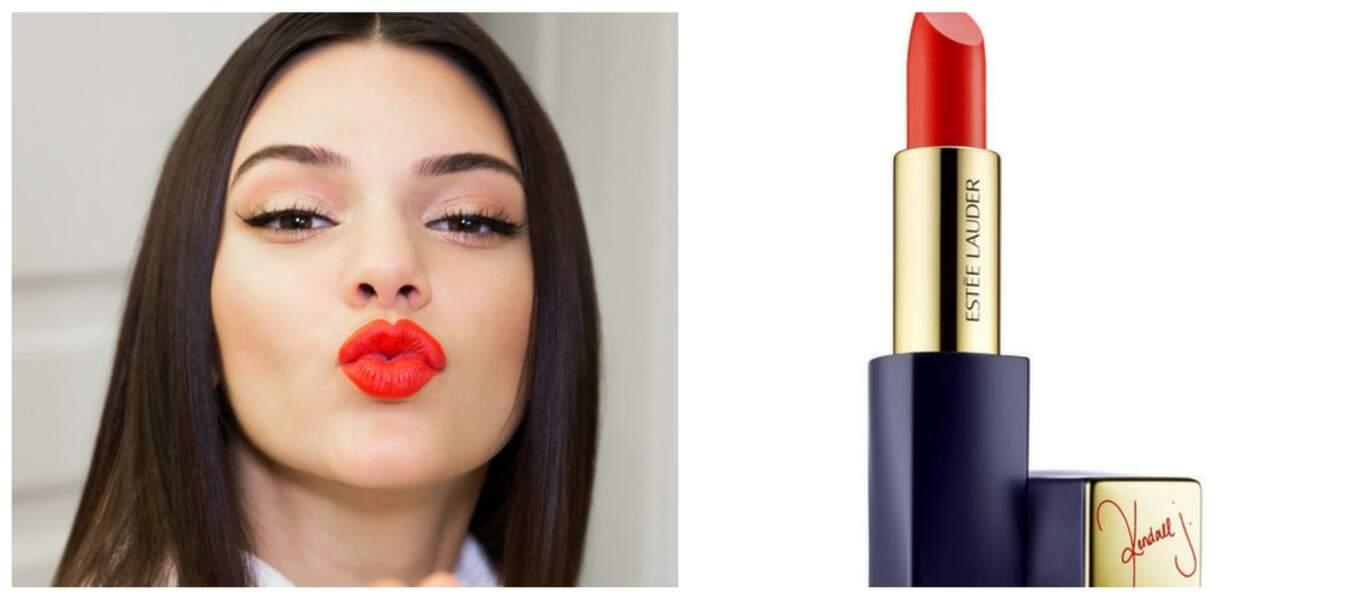 Kendall Jenner offre son rouge à Estée Lauder avec ce rouge à lèvre signé à son nom
