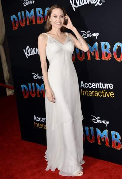 Belle au naturel, Angelina Jolie n'est pas passée inaperçue, ce 11 mars