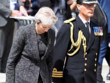 Centenaire de la bataille d'Amiens : le salut étonnant de Theresa May au prince William