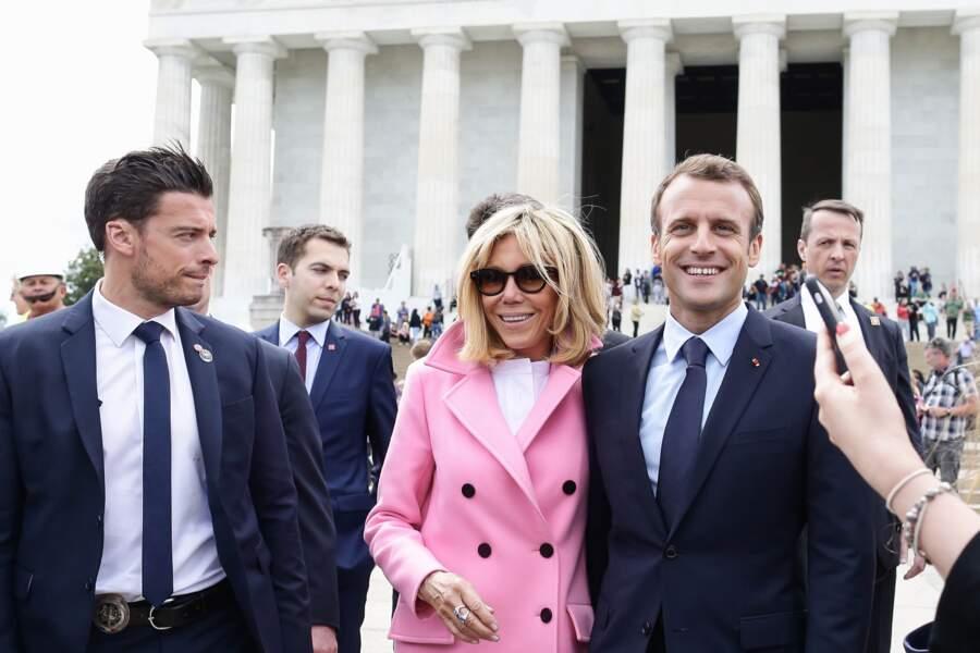 Le bodyguard de Brigitte Macron prend son rôle très au sérieux
