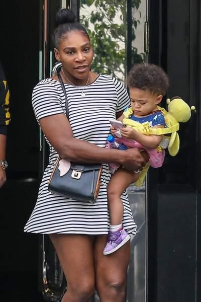 Pour une maman sportive comme Serena Williams, ici avec sa fille Alexis, deux ans