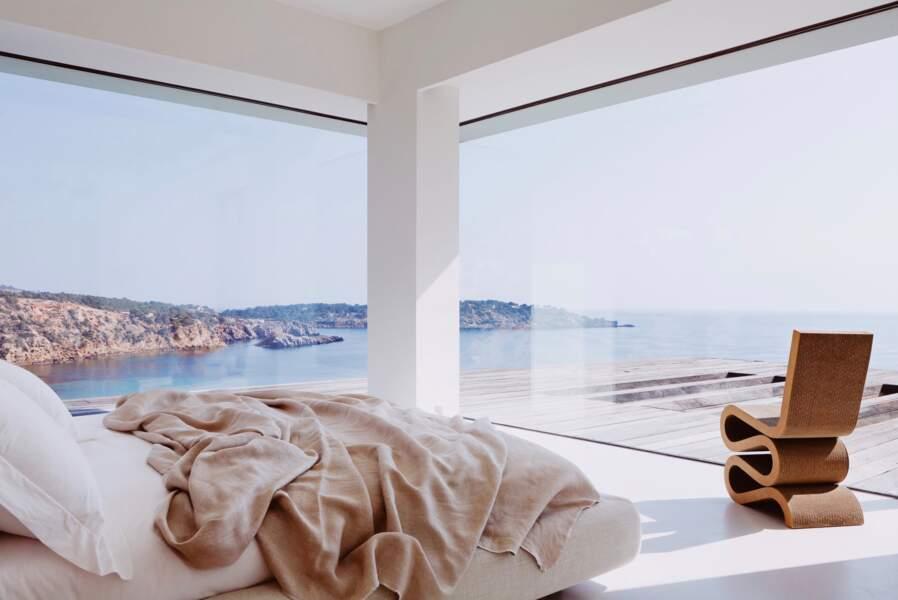 Meghan Markle et le prince Harry ont sans doute opté pour cette chambre offrant une vue panoramique sur l'île