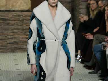 PHOTOS - Kaia Gerber à la Fashion Week : la fille de Cindy Crawford suit les traces de sa mère