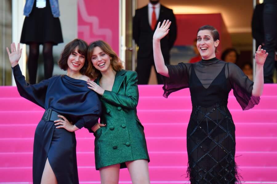 """Les trois """"chicas"""" de Perfect life, pose déjantée sur le pink carpet"""