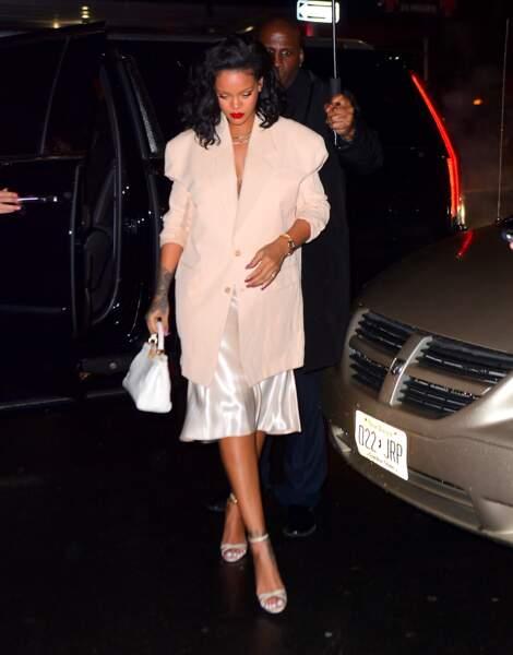 Rihanna mise sur le lob, ce carré long qui cartonne en 2019