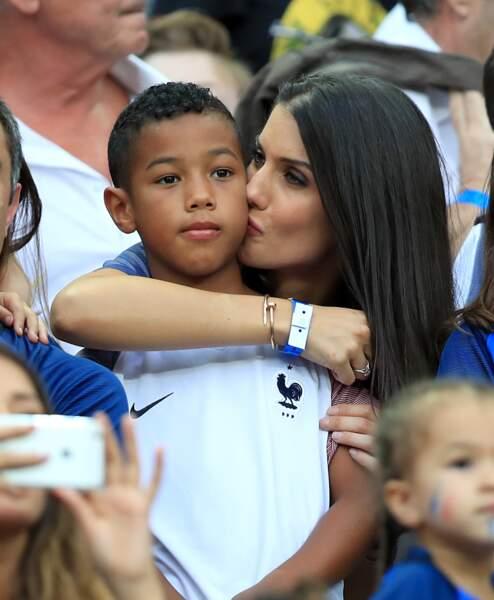 Ludivine Sagna et son fils Elias lors de la finale France - Portugal de l'Euro 2016