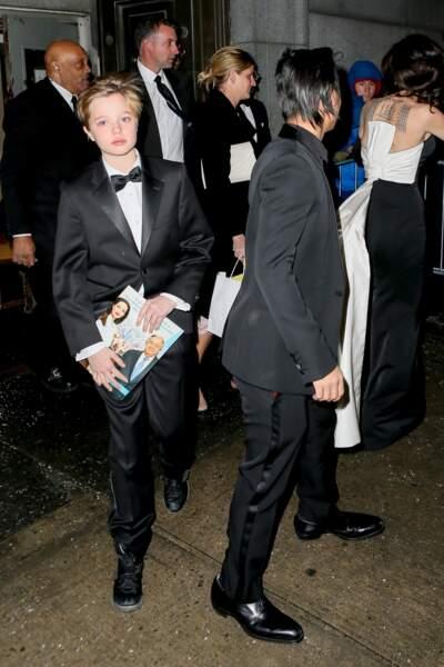 Shiloh Jolie-Pitt se définit comme un garçon et demande à être appelée John depuis son plus jeune âge