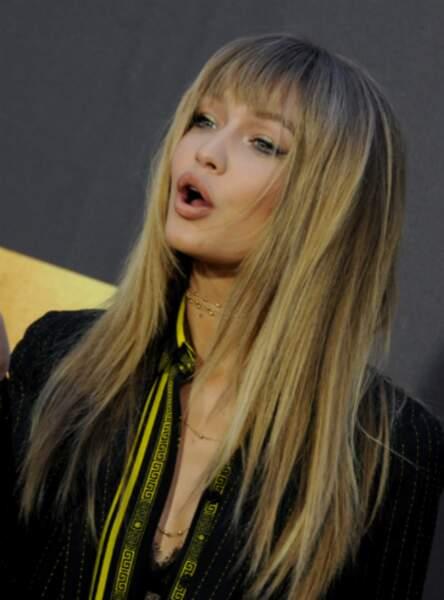 La frange légère et effilée de Gigi Hadid