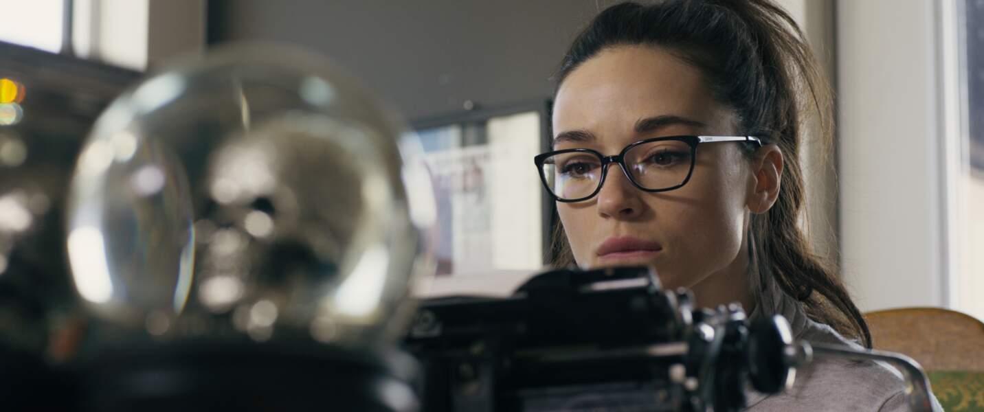 """Vue dans la série """"Teen Wolf"""", l'actrice Crystal Reed joue Beth à l'âge adulte, devenue auteur de thrillers"""