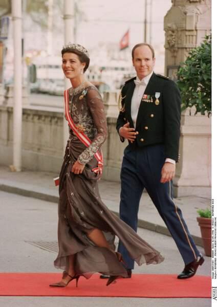 Albert et Caroline de Monaco lors des 50 ans du roi Carl Gustav de Suède à Stockholm en 1996