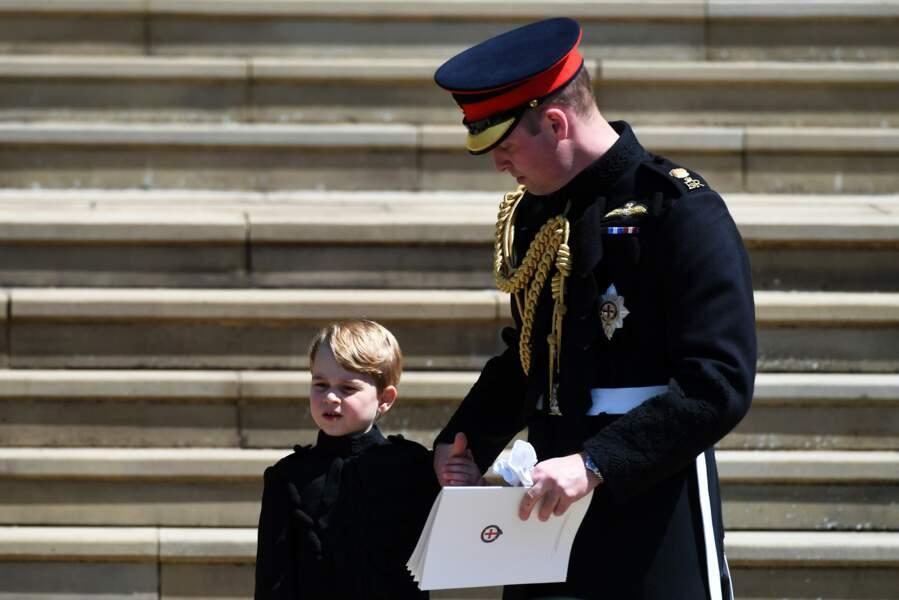 Le prince George est resté collé à son papa