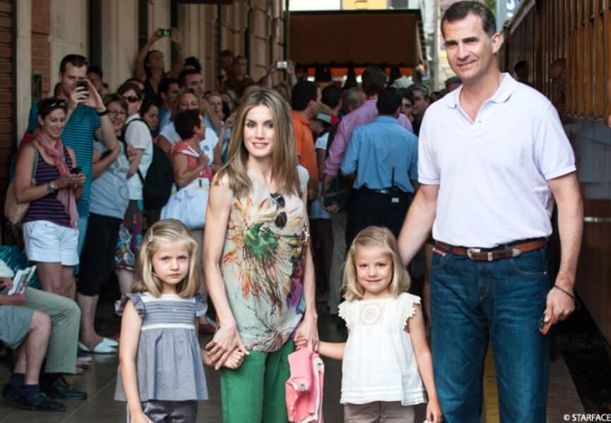 Letizia et Felipe d'Espagne sont pour quelques jours au palais de Marivent, à Palma de Majorque, avec leurs deux fi