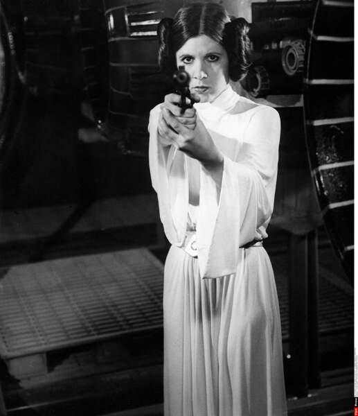Carrie Fischer inoubliable princesse Leia dans Star Wars