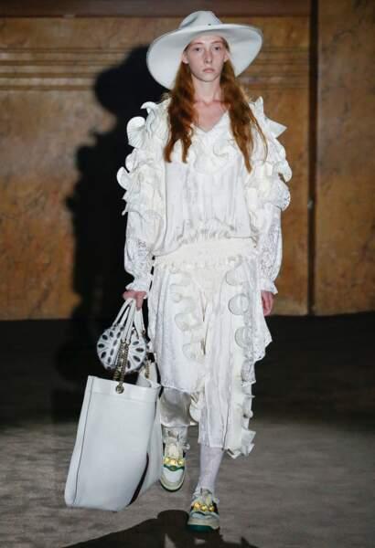 Gucci invente le triple sac XXL, compagnon extravagant de tous les jours !
