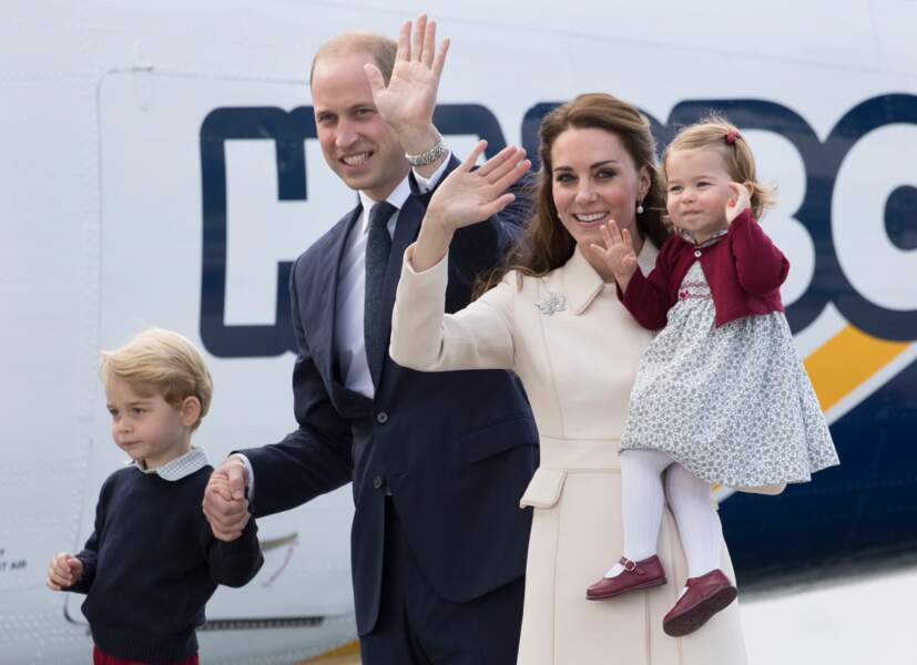 George, William, Kate et Charlotte  à leur départ de Victoria le 1er octobre 2016