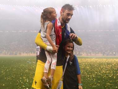 PHOTOS – Hugo Lloris savoure la victoire avec ses enfants après la victoire des Bleus