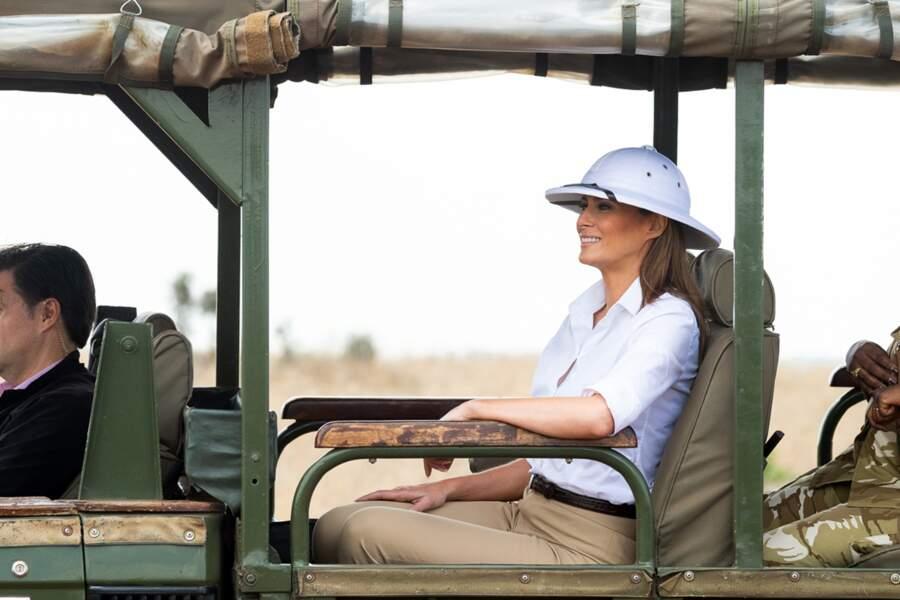Melania Trump et son casque colonial : une nouvelle tenue polémique, portée au Kenya le 5 octobre 2018