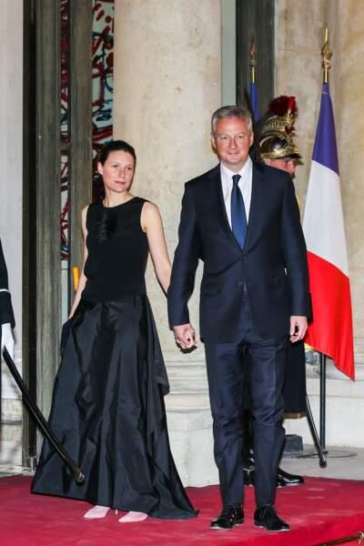 Bruno Le Maire s'est rendu au dîner d'État à l'Élysée, accompagné de sa femme Pauline Doussau de Bazignan