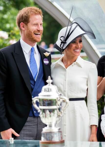 Meghan Markle, ravissante en robe blanc crème Givenchy
