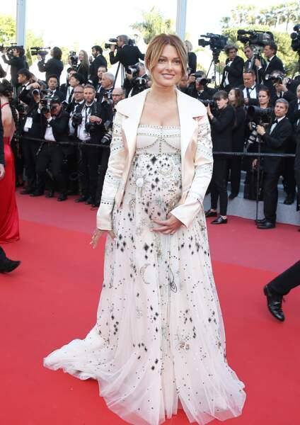 Caroline Receveur enceinte de son premier enfant à Cannes en mai 2018
