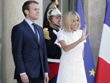 Look - Brigitte Macron élégante dans sa robe blanche Courrèges